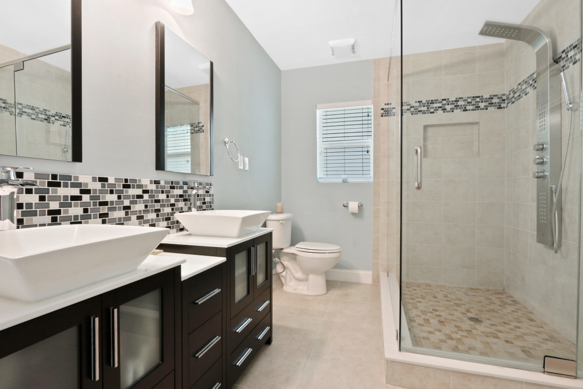 And, Bathrooms And Kitchens Sell Homes, So We Highlight Them In Our  Professional Real Estate Photos And Videos.